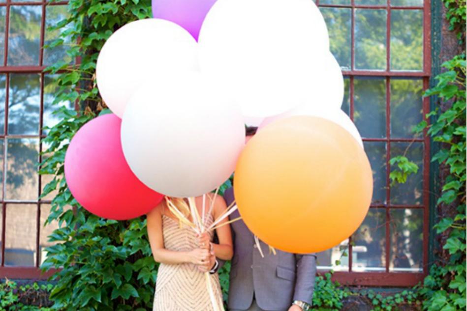 1 Globo, 2 Globos, 3 Globos… / 1 Balloon, 2 Balloons, 3 Balloons…