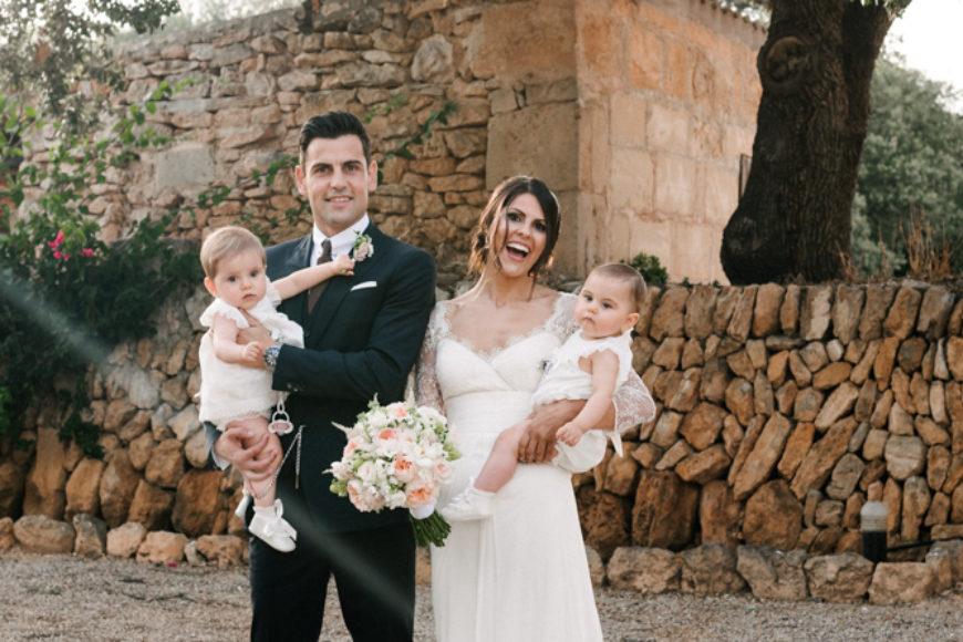 Maribel & Albert y su romántica boda-presentación familiar / Romantic wedding-family presentation
